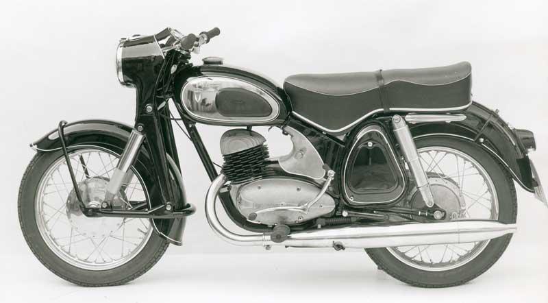 102-RT250VS-1957-1